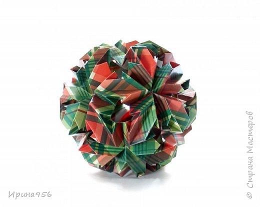Chrysanthemum by Leroy МК http://stranamasterov.ru/node/93470 30 модулей 7 х 7 см. Размер около 9,5 см. фото 3
