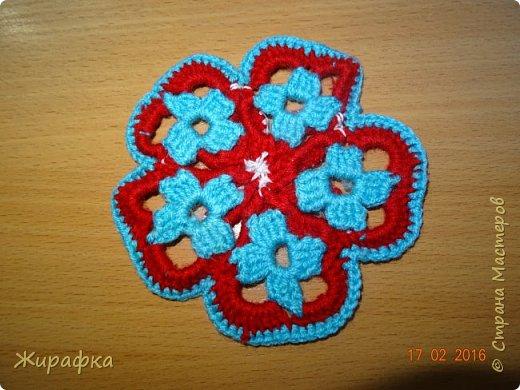 Вяжем цветок-интригу... фото 20