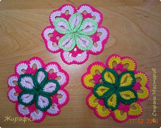 Вяжем цветок-интригу... фото 23