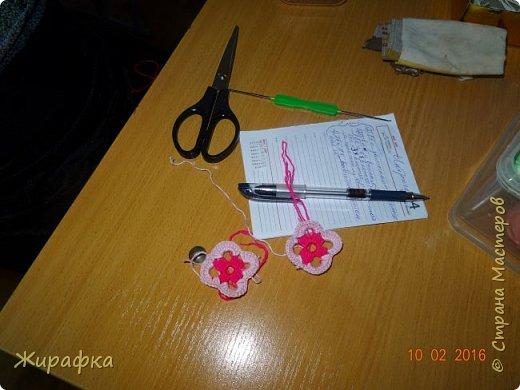 Вяжем цветок-интригу... фото 3