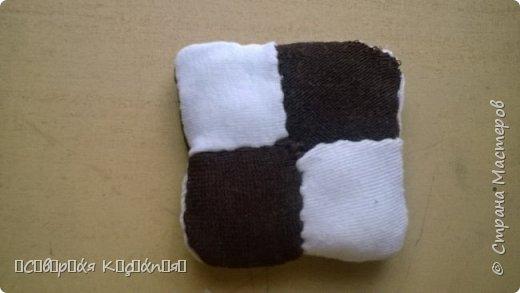И всем снова привет) Я вспомнила , как мы раньше на технологии делали подушку  из лоскутков и сейчас мне захотелось опять сделать) фото 6