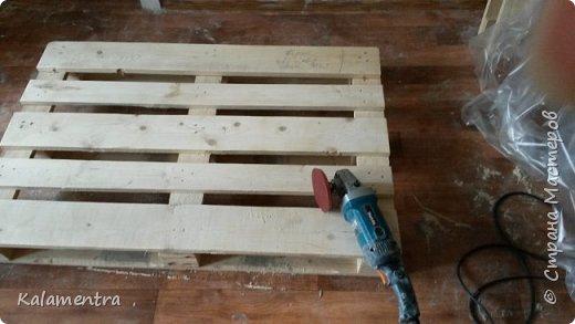 Хочу поделиться с Вами, как я сделала кровать из паллетов (деревянных поддонов))))  фото 3