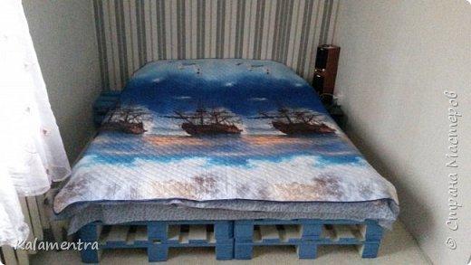 Хочу поделиться с Вами, как я сделала кровать из паллетов (деревянных поддонов))))  фото 1