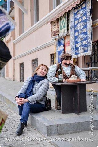 Не случайно начинаем фоторепортаж из такого своеобразного признания в любви к нашей столице. Ведь все наши туристы увозят с собой на Родину только часть своего сердца, другая остается здесь и ждет их возвращения. Эти гостьи прилетели к нам из Казахстана.  фото 13