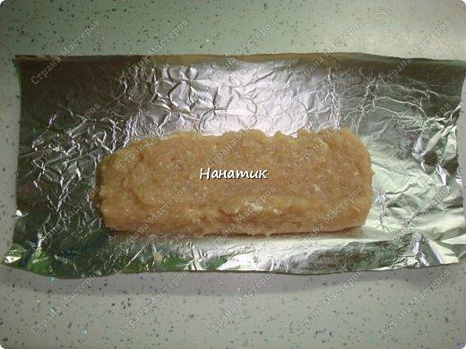 Добрый вечер! делюсь рецептом колбасок куриных. Просто и быстро. -876г куриного филе -1 луковица крупная -130мл молока -50г сливочного масла -1 яйцо -соль по вкусу (специи не добавляла) фото 6