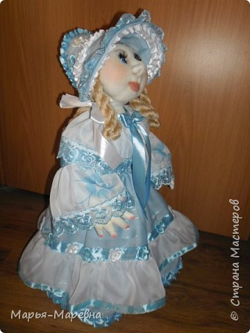 Здравствуйте дорогие мои друзья, соседи и гости Страны Мастеров! Сегодня я хочу поделиться своим опытом создания каркасной куклы-грелки на чайник. Попытаюсь показать, как я делаю таких вот красавиц. фото 28