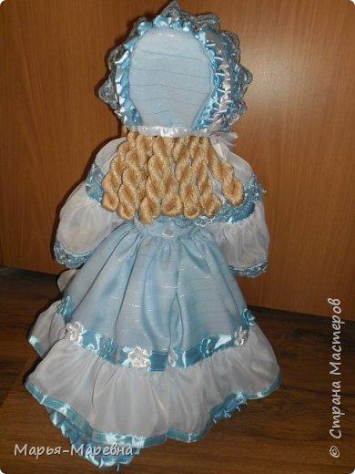 Здравствуйте дорогие мои друзья, соседи и гости Страны Мастеров! Сегодня я хочу поделиться своим опытом создания каркасной куклы-грелки на чайник. Попытаюсь показать, как я делаю таких вот красавиц. фото 29