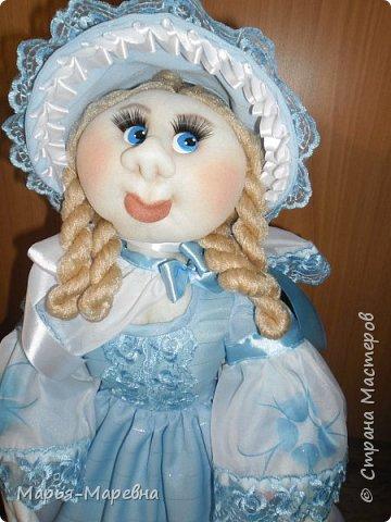 Здравствуйте дорогие мои друзья, соседи и гости Страны Мастеров! Сегодня я хочу поделиться своим опытом создания каркасной куклы-грелки на чайник. Попытаюсь показать, как я делаю таких вот красавиц. фото 31