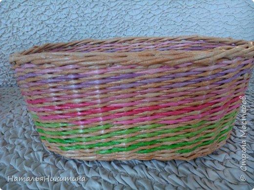 Мои радужные плетенки. Утилизировала остатки цветных трубочек. Веселенькие получились. фото 2