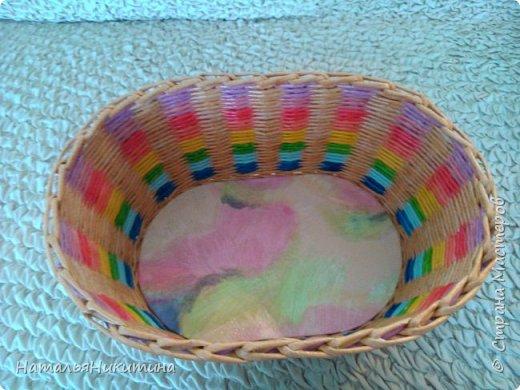 Мои радужные плетенки. Утилизировала остатки цветных трубочек. Веселенькие получились. фото 7