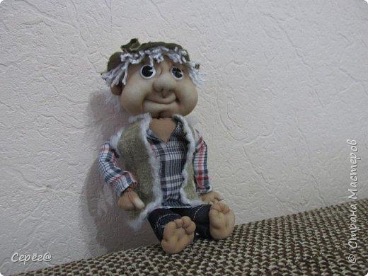 Всем привет, осваиваю новые виды поделок. Моя первая кукла. Знаю что до идеала далеко, но и этим пока горжусь. фото 1