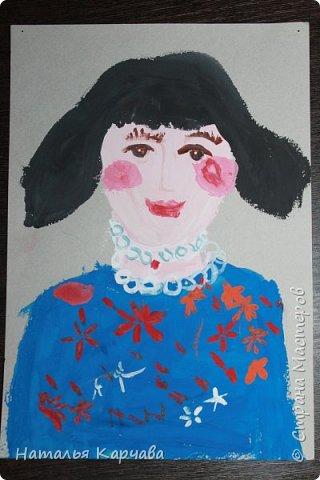 """Добрый день, Страна Мастеров! Решила показать рисунки и поделки моей дочки, ей сейчас 5 лет, ходит в детский сад. Также посещает художественный кружок один раз в неделю. Здесь представлены её работы, которые она делала на кружке и конечно же дома. Начнём работы выставлять с осени 2015 года. Очень надеемся, что Вам её работы понравятся. Первая работа """"Цветок"""", выполнена на толстой фанере акриловыми красками, на художественном кружке в ЦДТ """"Радуга"""".  фото 4"""
