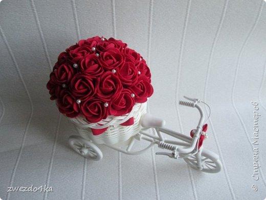 Доброго времени суток всем жителям СМ.. Я к вам со своими новыми поделочками))  Розочки сделаны из фоамирана.   фото 2