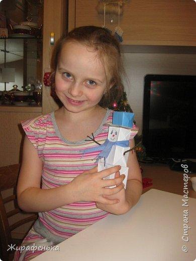 Этого милого снеговичка сделала моя соседка Вероника (7 лет) с моей помощью. Спасибо за МК Т.Н. Просняковой. фото 5