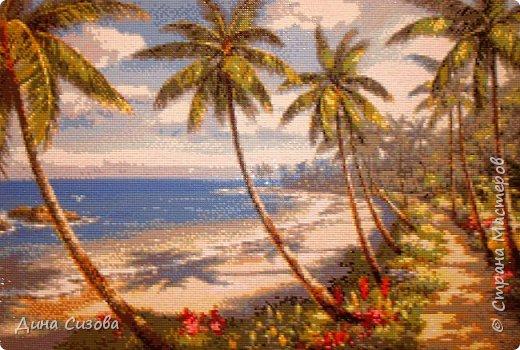 Добрый вечер! Недавно закончила еще одну мозаику. Море, пальмы, побережье... Размер 40 на 60 см.