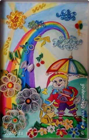 Здравствуйте.Я Оле Лукойе с о своим волшебным зонтиком.Вам приснится все, о чем вы мечтаете.Нам с мужем захотелось отобразить в картинке детские мечты.Муж нарисовал рисунок , а я обработала его квиллингом. Картинка в жизни очень яркая, но на фото, к сожалению,не все получилось. Но последнее слово за вами,наши дорогие мастера.