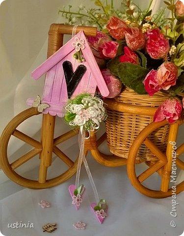 Натворилось ещё  домиков и скворечников!!!! Мой МК по ним здесь    http://stranamasterov.ru/node/1000482. Скорей бы уже лето!!! Так хочется Ярких цветов!!!! фото 8