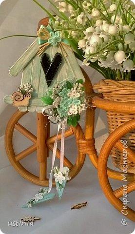 Натворилось ещё  домиков и скворечников!!!! Мой МК по ним здесь    http://stranamasterov.ru/node/1000482. Скорей бы уже лето!!! Так хочется Ярких цветов!!!! фото 4