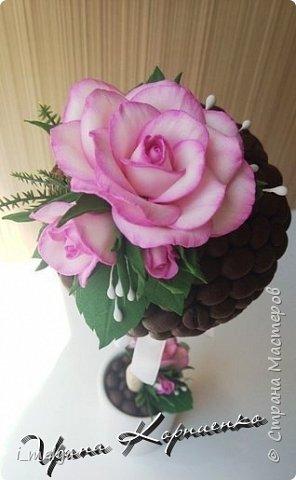 Кофейный топиарий с розами из фоамирана  фото 2