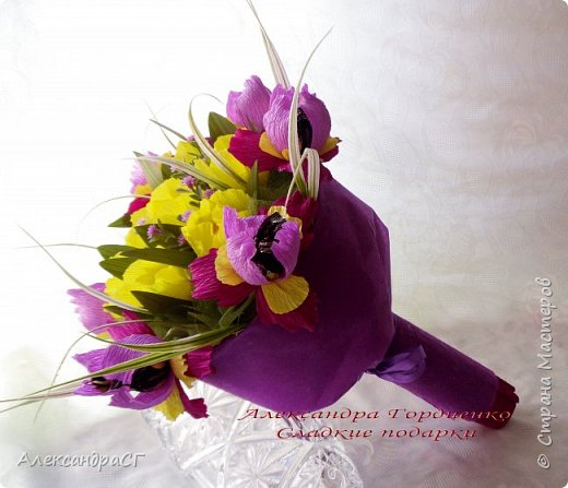 """Запахло весной, очень хочется ярких весенних красок и солнечных деньков. Настроение поднимают любимые букеты. К 8 Марта готова))) """"Вырастила"""" самые настоящие весенние цветы (крокусы да тюльпаны) фото 6"""