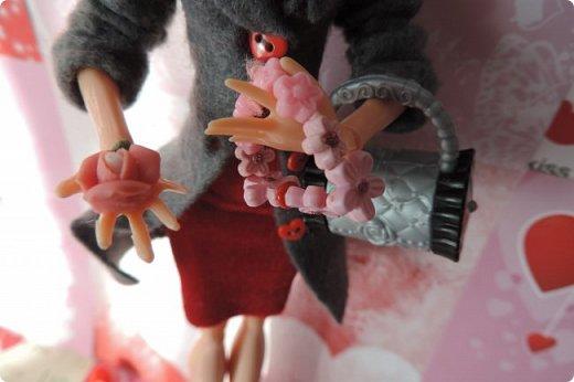Всем привет! Сегодня я представляю вам свой первый ООАК из подделочки под Эльзу из Холодного Сердца. Девочку я назвала Лаурой де Сент Марией.  фото 6