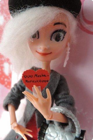 Всем привет! Сегодня я представляю вам свой первый ООАК из подделочки под Эльзу из Холодного Сердца. Девочку я назвала Лаурой де Сент Марией.  фото 10