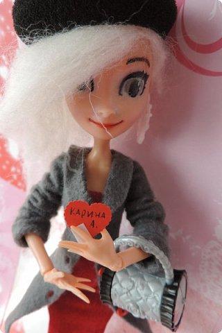 Всем привет! Сегодня я представляю вам свой первый ООАК из подделочки под Эльзу из Холодного Сердца. Девочку я назвала Лаурой де Сент Марией.  фото 20