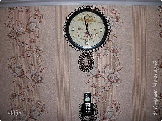 Уважаемые жители и гости Страны мастеров! Вот ещё одни часы, изменённые с помощью джутовых ниток. К сожалению, у меня нет картинки, какими они были изначально. Описываю: был просто круг с чёрным ободком, вообщем, часы для казармы. фото 4