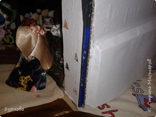 До Рождества оставалось две недели,и мне захотелось сделать вертеп, так как много детей дома. Акцент был сделан на подсветку. Это придает некую таинственность))) Я думаю задумка получилась...судить Вам!)) фото 26