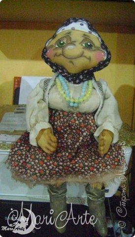 Здравствуйте всем!  У меня появилась вот такая деревенская бабуська,сшита  по М.К. Людмилы Набиуллиной, сапожки по М.К. Татьяны Зуевой, кот Васька -(картинка из интернета, выкройка моя) фото 3
