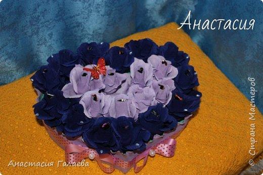 Сердце из роз с конфетами(Марсианка). 21 штука. Очень яркие и насыщенные цвета. фото 2