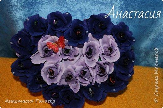 Сердце из роз с конфетами(Марсианка). 21 штука. Очень яркие и насыщенные цвета. фото 1