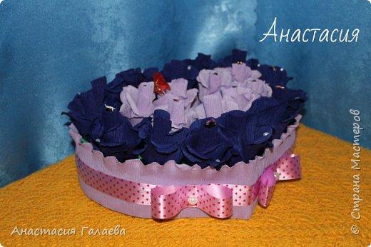 Сердце из роз с конфетами(Марсианка). 21 штука. Очень яркие и насыщенные цвета. фото 4