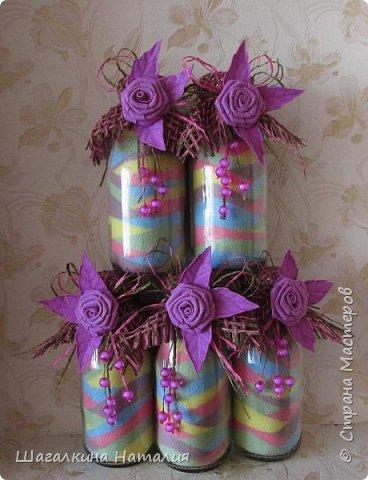 Всем ДОБРЫЙ ВЕЧЕР!!! Вот наделала насыпушек, предварительно покрасив соль мелками, украсила фоамирановыми цветочками бусинками, и выпустила их в таком виде в свет. Бюджетно, неплохо смотрится, и в исполнении проще не куда.  фото 1