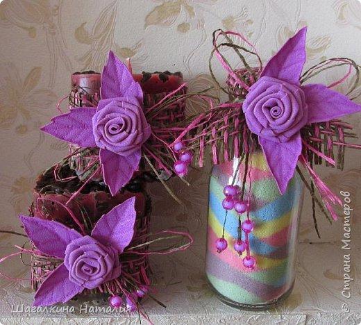 Всем ДОБРЫЙ ВЕЧЕР!!! Вот наделала насыпушек, предварительно покрасив соль мелками, украсила фоамирановыми цветочками бусинками, и выпустила их в таком виде в свет. Бюджетно, неплохо смотрится, и в исполнении проще не куда.  фото 6