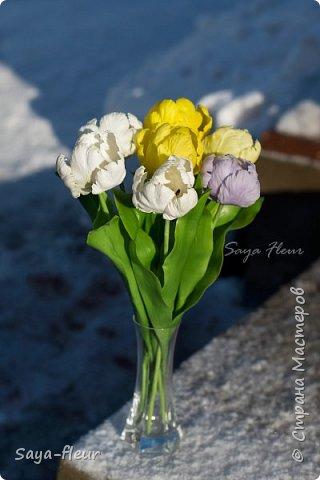 Здравствуйте, как всегда перед 8 марта популярными подарками становятся тюльпаны. В этом году сделала такие к 8 марта. Цветы из полимерной глины, высотой 32 см.  фото 11