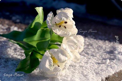 Здравствуйте, как всегда перед 8 марта популярными подарками становятся тюльпаны. В этом году сделала такие к 8 марта. Цветы из полимерной глины, высотой 32 см.  фото 12