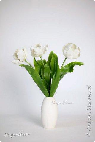 Здравствуйте, как всегда перед 8 марта популярными подарками становятся тюльпаны. В этом году сделала такие к 8 марта. Цветы из полимерной глины, высотой 32 см.  фото 9