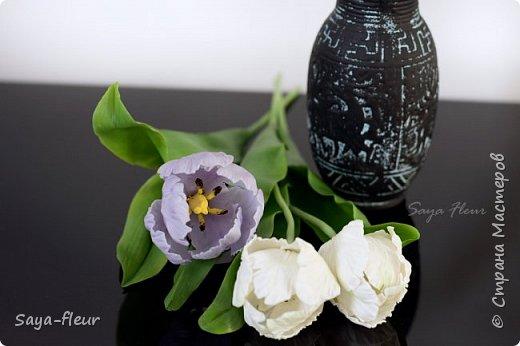 Здравствуйте, как всегда перед 8 марта популярными подарками становятся тюльпаны. В этом году сделала такие к 8 марта. Цветы из полимерной глины, высотой 32 см.  фото 3