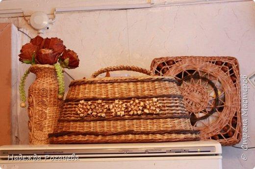 Хлебница и коробка. Хлебница овальной формы. Дно картон обои самоклеящиеся. У коробки дно тоже картонное с обоями. фото 1