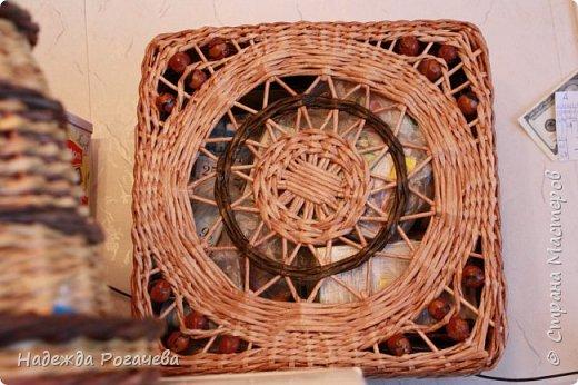 Хлебница и коробка. Хлебница овальной формы. Дно картон обои самоклеящиеся. У коробки дно тоже картонное с обоями. фото 5