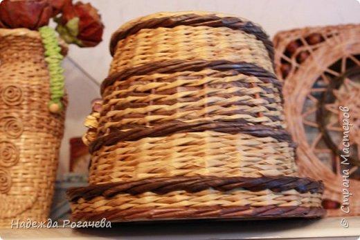 Хлебница и коробка. Хлебница овальной формы. Дно картон обои самоклеящиеся. У коробки дно тоже картонное с обоями. фото 3