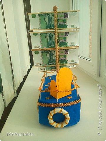 Корабль был сделан для хорошего человека на 80-летний юбилей))) Денежный подарок размещается в сундуке. Вдохновение черпалось на просторах сайта) фото 5