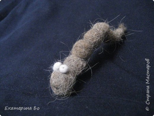 Свалялся у меня червячок-гусеничка из ... шерсти кошки фото 2