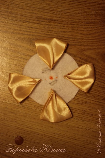 Я хочу вам рассказать как я делала цветок который выкладывала уже ранее очень давно http://stranamasterov.ru/node/938391 , а МК так и не доводилось выложить. фото 13