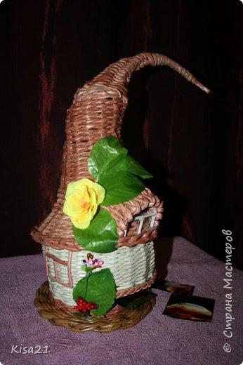 Самый первый чайный домик. Трудно далась крыша, но в целом результатом довольна фото 2