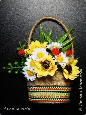 В подготовке к выставке появились еще вот такие варианты корзинок. Мой МК по их изготовлению здесь http://stranamasterov.ru/node/1003956 фото 5