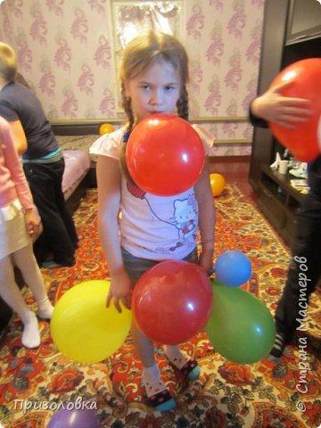 Ну вот и мы отпраздновали свой День рождения в космической тематике. Большое спасибо хочу сказать Марине Лужинской. Практически весь сценарий и оформление взяла у неё, с небольшими изменениями, вот отсюда: http://stranamasterov.ru/node/1001072?c  фото 8