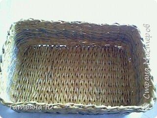 Доброго времени суток дорогие мастера и мастерицы! Это мой опыт в плетении квадратных корзинок. Все так ужасно, одно успокаивает, ведь я учусь. Не судите строго Удачного просмотра. фото 10