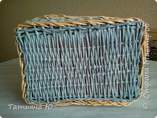 Доброго времени суток дорогие мастера и мастерицы! Это мой опыт в плетении квадратных корзинок. Все так ужасно, одно успокаивает, ведь я учусь. Не судите строго Удачного просмотра. фото 17